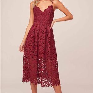 ASTR Midi Lace Dress - Burgundy size Large
